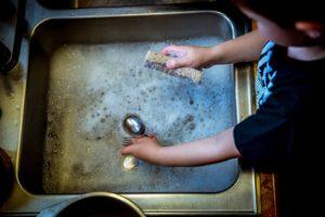 pekerjaan rumah tangga - ayunafamily.com