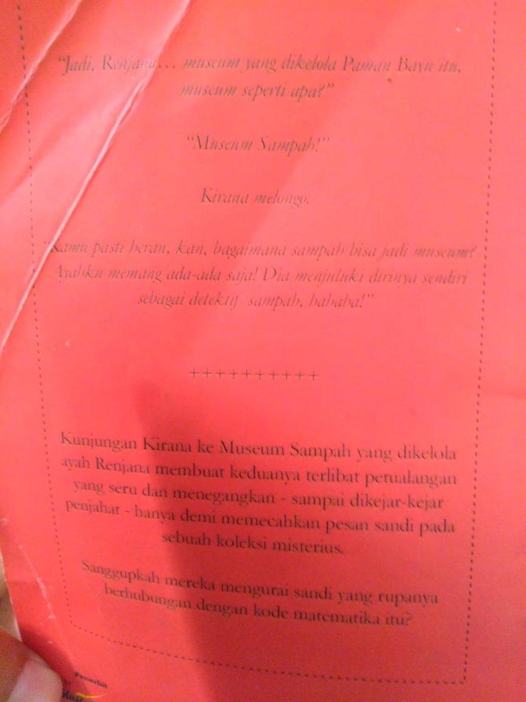 koleksi misterius museum sampah - ayunafamily.com