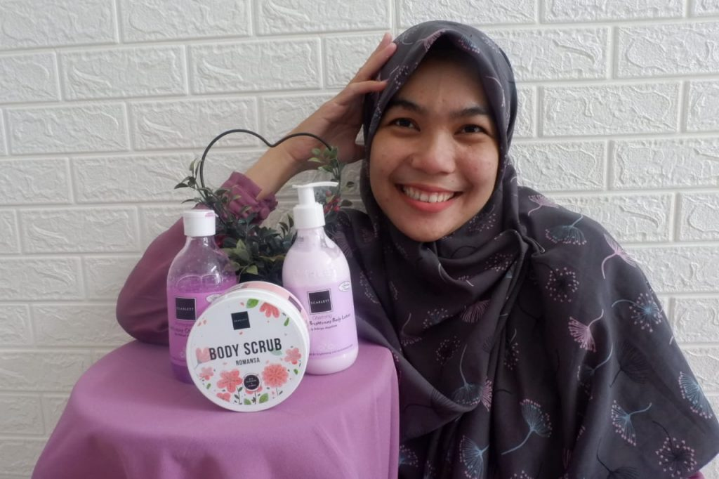 Review Scarlett Whitening Body Care