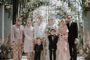 Menikah di Kampung Sapireun