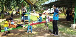 Playground di Taman Pelangi