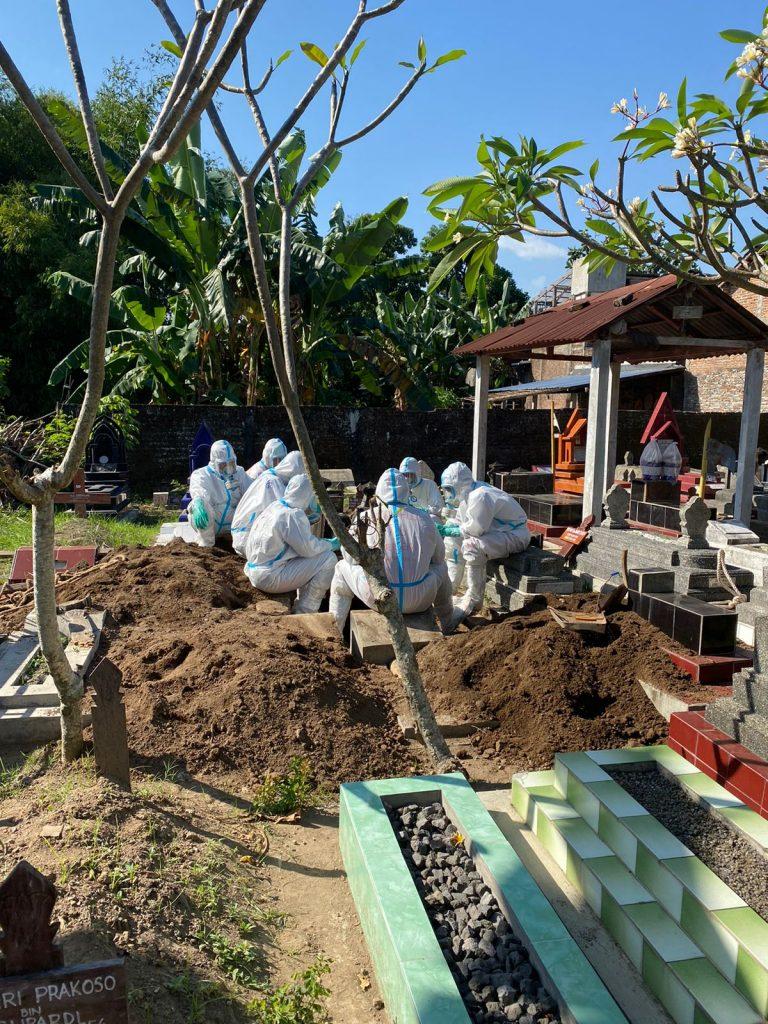 Pemakaman dengan protokol Covid di Jogja